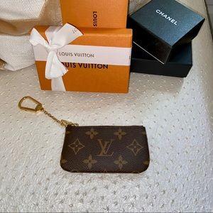 2020 Louis Vuitton Monogram Key Cles
